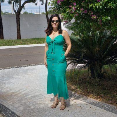 Look de sexta: vestido verde midi